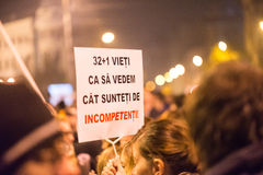 Trzeci dzień protest przeciw coruption i Rumuńskiemu rzędowi Zdjęcie Royalty Free