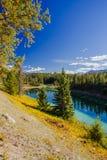 Trzeci jezioro, dolina 5 jezior, Jaspisowy park narodowy, Alberta Zdjęcia Stock