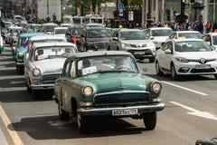Trzeci St Petersburg parada retro samochody na Nevsky argument za Zdjęcie Royalty Free