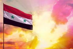 Trzepotliwa Syryjskiej Arabskiej republiki flaga w odgórnym lewego kąta mockup z przestrzenią dla twój teksta na pięknym kolorowy zdjęcia stock