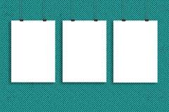 Trzy białego papieru plakata egzamin próbny up, ściana egzamin próbny up Zdjęcie Royalty Free