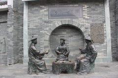 Trzy brązowej statuy urzędnicy w Qing dynastii obrazy royalty free