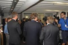 Trzy chwyt konferenci prasowej i Zdjęcia Royalty Free