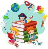 Trzy dzieciak czytelniczej książki ilustracja wektor