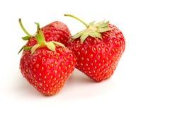 Trzy jagody dojrzałe soczyste truskawki zdjęcie stock