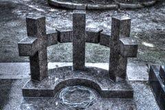 Trzy krzyży dipsoste półcyrkłowa korona ciernie Jezus Zdjęcie Stock