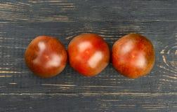 Trzy kumato pomidoru obrazy stock