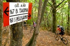 Trzy Limentre, Pistoia, Tuscany - Jechać rower górskiego Fotografia Stock