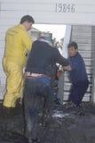 Trzy mężczyzna target610_0_ z afektami lawina błotna Fotografia Stock