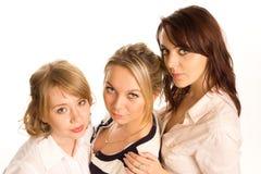 Trzy młoda kobieta z rzędu Obrazy Royalty Free