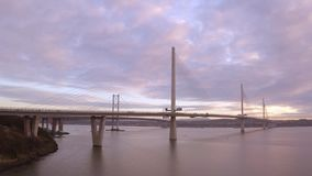 Trzy mostu, Naprzód kolejowy most, droga most i Queensferry skrzyżowanie nad Firth Naprzód, Naprzód, blisko Queensferry w Szkocja zdjęcie wideo
