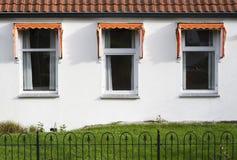 trzy okna zdjęcie stock
