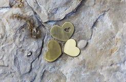 Trzy serca na skale z Naturalną solą Zdjęcie Royalty Free