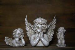 Trzy smutnego anioła: dekoracja dla żałoby Fotografia Royalty Free