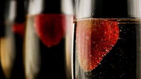 Trzy szkła szampan z truskawkami Zdjęcie Stock