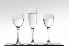 trzy szklanki wody. Zdjęcie Stock