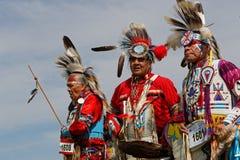 Trzy tancerza 49th roczny Zlany plemienia Pow no! no! fotografia stock