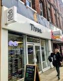 Trzy UK sklep detaliczny obrazy stock