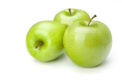 Trzy zielonego jabłka fotografia stock