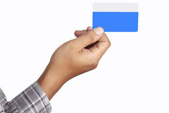 Trzymać kredytową kartę Zdjęcie Royalty Free