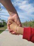 trzymać ręce Fotografia Royalty Free