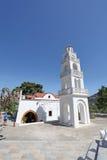 Tsambika kyrka Rhodes ö Arkivfoto