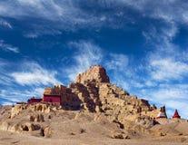 Tsaparang fördärvar av den forntida huvudstaden av det Guge kungariket och Arkivfoto