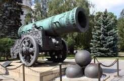 Tsar-pushka en Kremlin Imagen de archivo libre de regalías