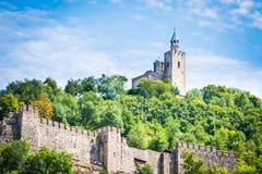 Tsarevets fästning och den patriark- kyrkan i Veliko Tarnovo, Bulgarien Arkivfoto