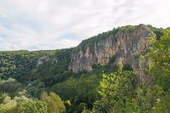 Tsarevets forteczny kompleks - widok góry otacza je obrazy stock