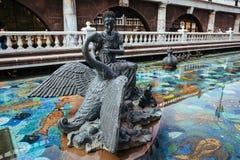 Tsarevna и скульптура лебедя Стоковые Изображения RF