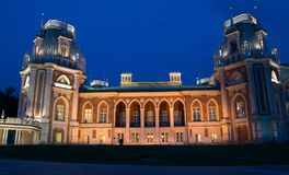Tsaritsino宫殿在晚上。莫斯科,俄罗斯 库存图片
