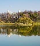 Tsaritsyno i April Arkivbilder