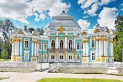 Tsarskoe的Selo亭子偏僻寺院。 免版税图库摄影