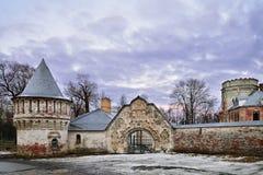 Tsarskoe Selo Fyodorovsky镇的Whitestone门塔我 库存图片