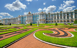 Tsarskoye Selo宫殿和公园合奏,彼得斯堡 免版税库存图片