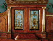 Tsarskoye Selo, Ryssland - 05 mars 2015: wood möblemang på tsar Arkivbild