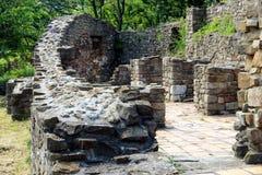 Tsaverets堡垒在大特尔诺沃,保加利亚 免版税库存照片