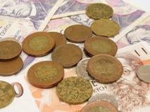 Tschechische Korunamünzen und -banknoten Stockfoto