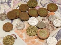 Tschechische Korunamünzen und -banknoten Lizenzfreie Stockfotos
