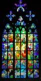 Tschechische Republik, Prag: Buntglas von Str. Vitus Stockbild