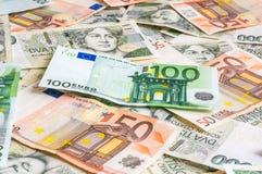 Tschechischer und Eurobanknotenhintergrund Stockfotografie