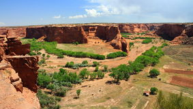 Tsegi donnent sur, Canyon de Chelly, Arizona image stock