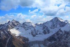 tsey d'ossetia de hautes montagnes de Caucase images stock