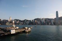 Tsim Sha Tsui gwiazdy promu molo z niebieskim niebem w hk Fotografia Royalty Free