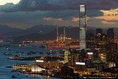 Tsim Sha Tsui Hong Kong na noite imagens de stock