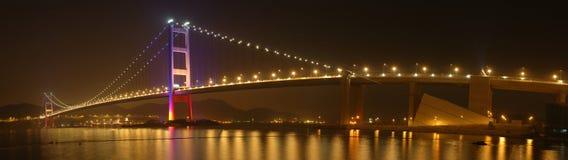 桥梁tsing ma的全景 免版税库存图片