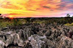 Tsingy gestapelde zonsondergang Royalty-vrije Stock Fotografie