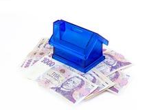 Tsjechische geldbankbiljetten en moneybox Royalty-vrije Stock Foto