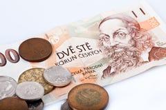 Tsjechische kroonbankbiljet en muntstukken Stock Afbeelding